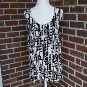 Chico's Black & White Sleeveless Travel Blouse